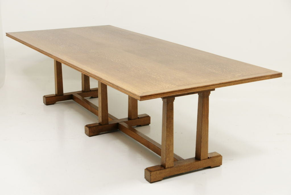 Oak Arts and Crafts Dining Table at 1stdibs : 911313117776428 from www.1stdibs.com size 1023 x 685 jpeg 44kB