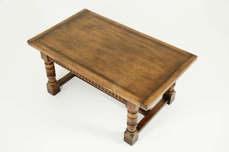 Antique Oak Extending Dining Table at 1stdibs