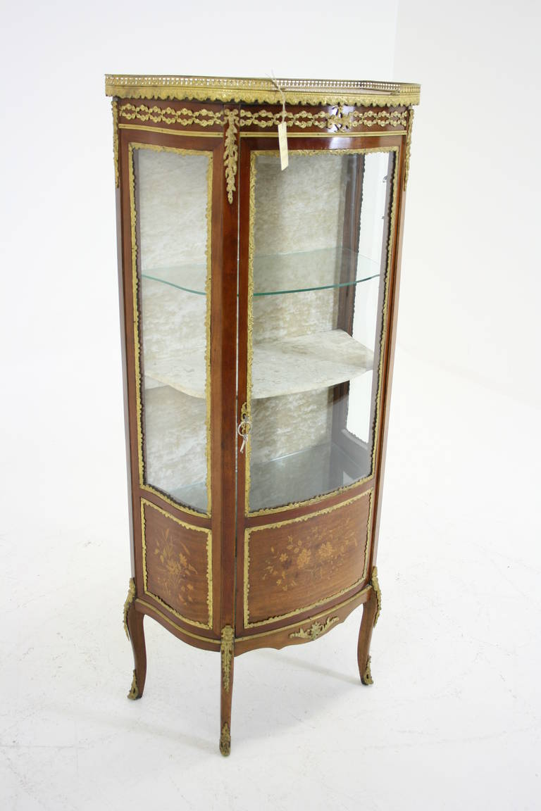 Antique French Ormolu Inlaid Marquetry Vitrine, China, Curio Cabinet In  Excellent Condition For Sale - Antique French Ormolu Inlaid Marquetry Vitrine, China, Curio Cabinet