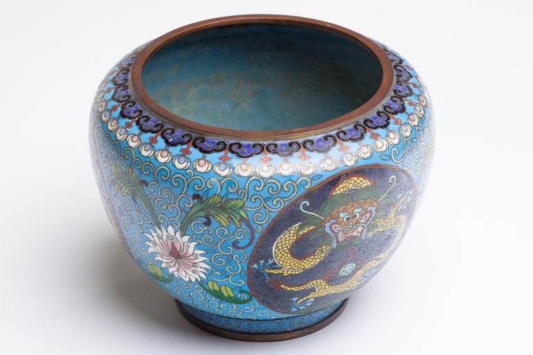 Chinese Cloisonne Dragon Bronze Urn In Good Condition For Sale In New York, NY