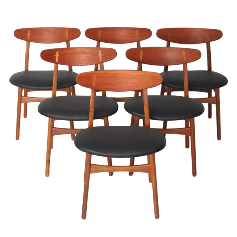 Hans wegner dining chairs at 1stdibs for Wegner dining chair