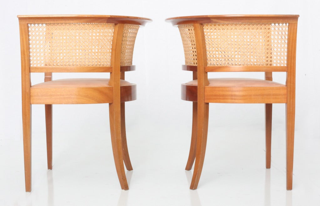 Mid-20th Century Kaare Klint Faaborg chair ( pair) For Sale