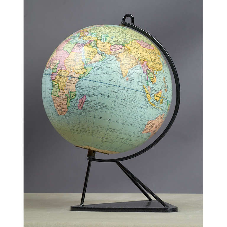 Mid-Century Modern French Glass Globe, 1950s For Sale
