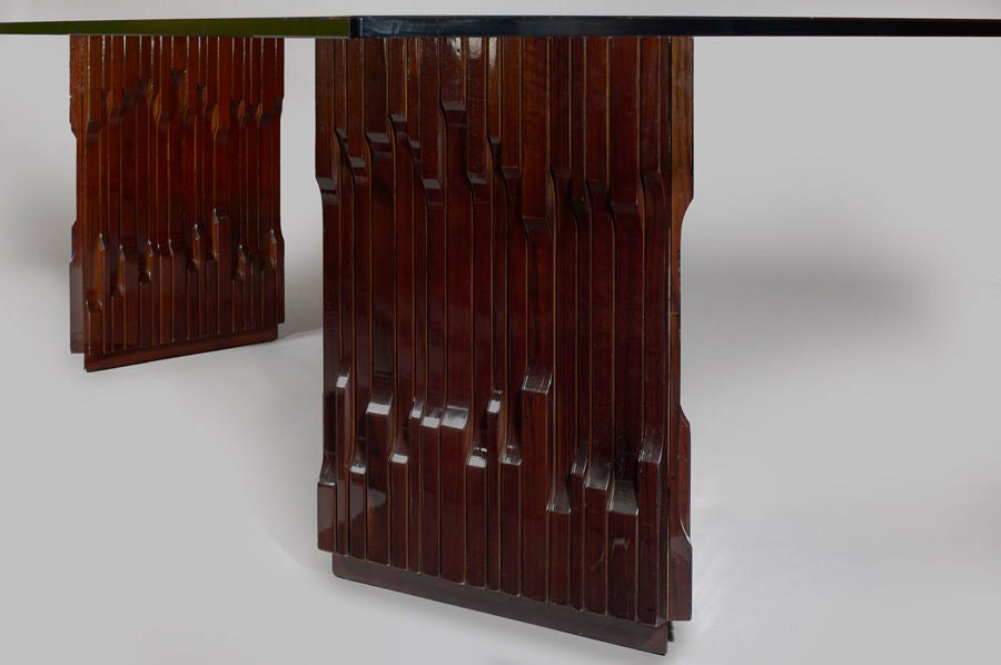 Long Carved Mahogany Dining Table by Luciano Frigerio, 1970s In Excellent Condition For Sale In New York, NY