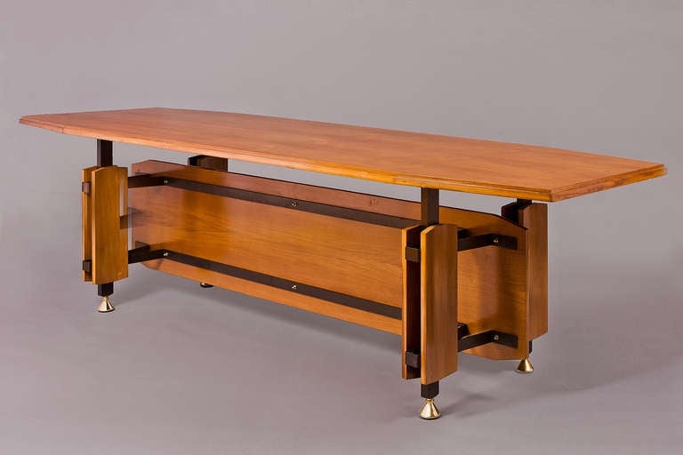 Mid-Century Modern Monumental Italian 1950s Tapering Fruitwood Dining Table For Sale