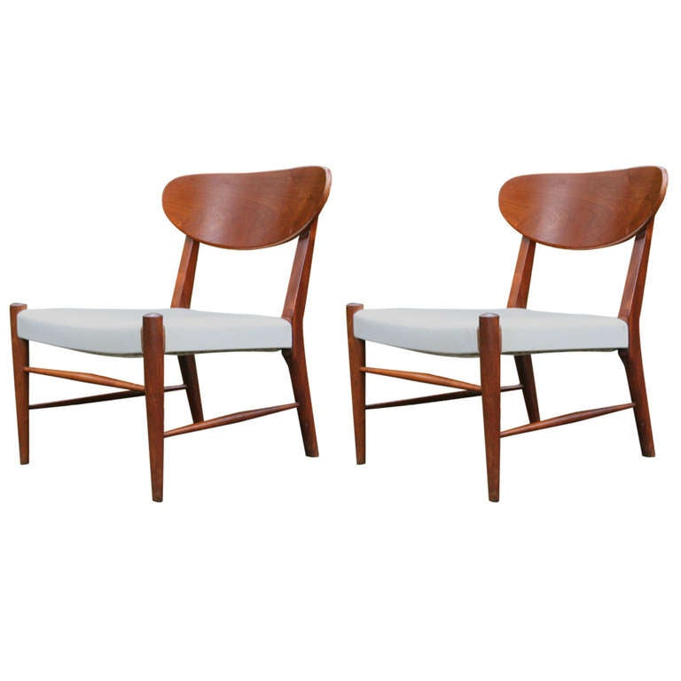 Dorothy Draper Chairs Pair of Petite Walnut Lounge Chairs by Heritage at 1stdibs