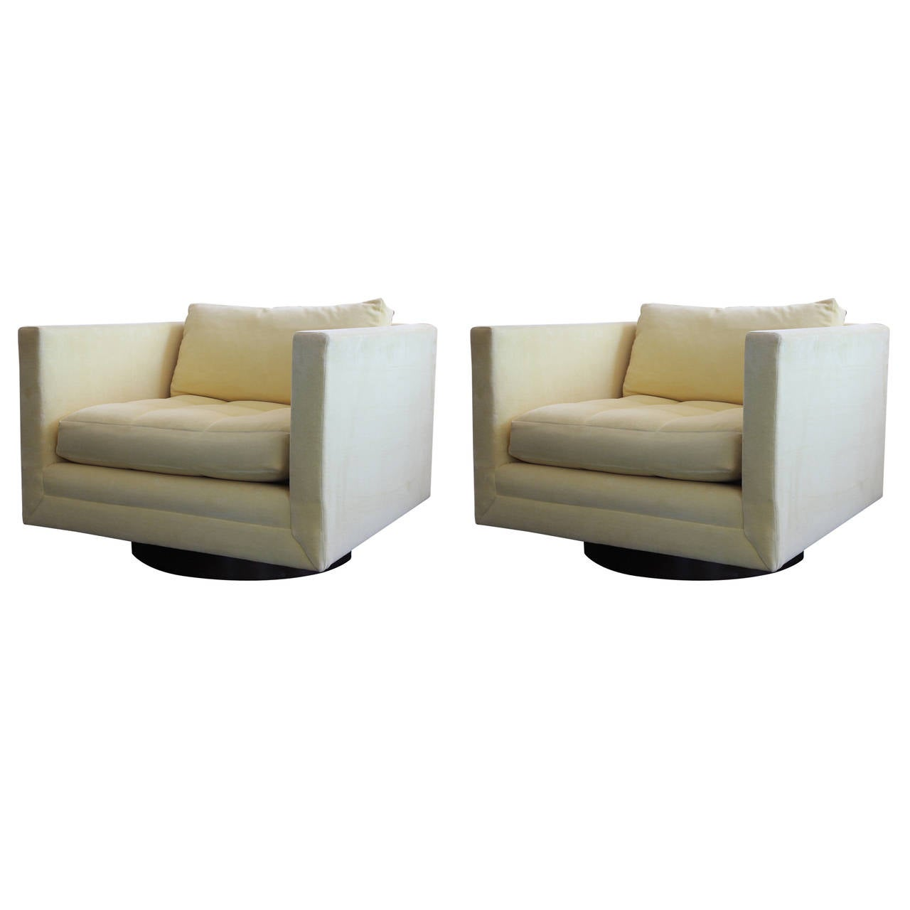 Pair Of Swivel Cube Club Chairs By Harvey Probber At 1stdibs