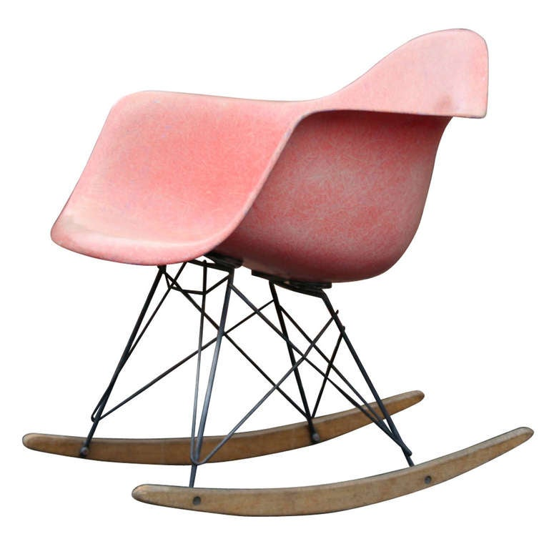 an original 1954 rar rocker by charles eames at 1stdibs. Black Bedroom Furniture Sets. Home Design Ideas