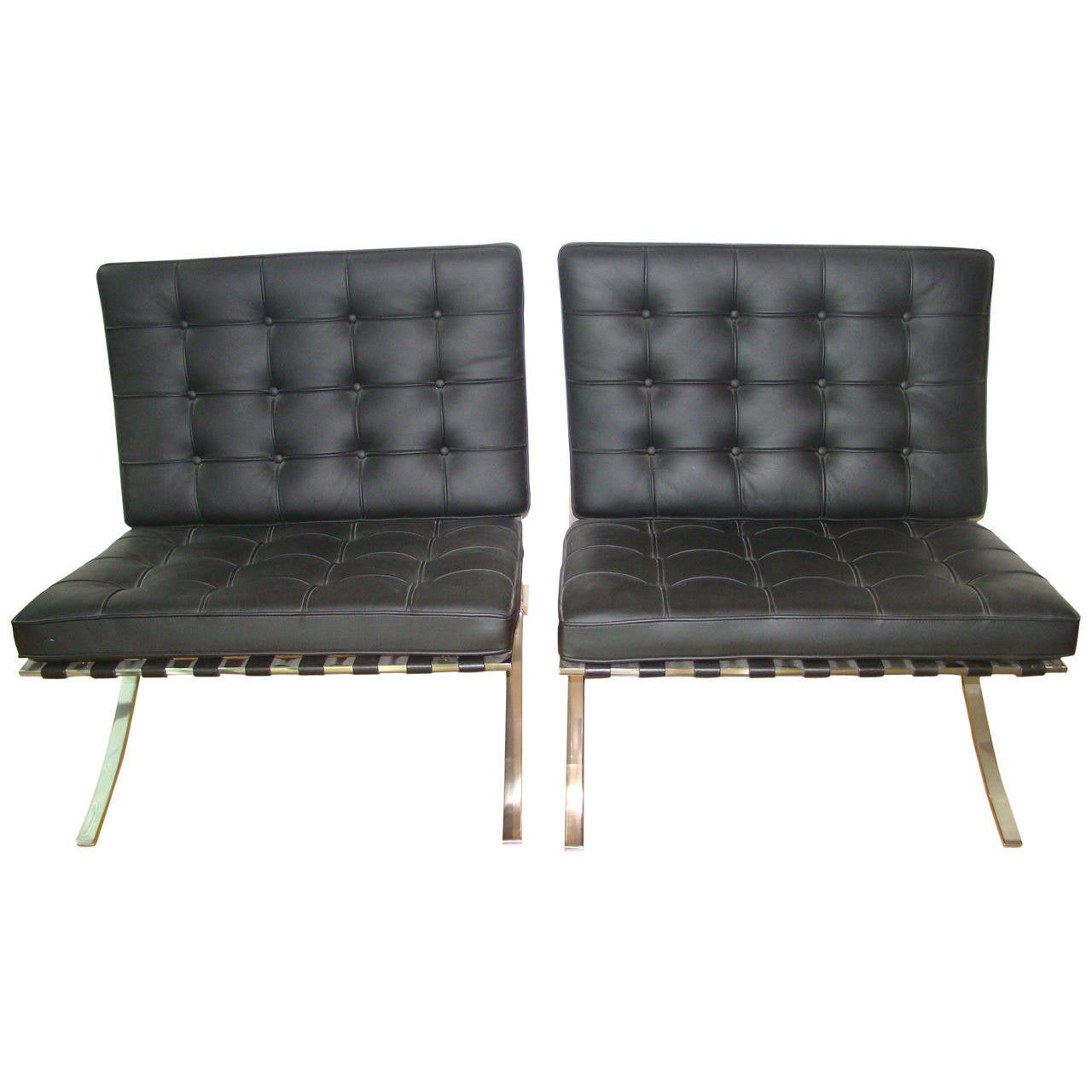 knoll signed mies van der rohe black leather barcelona chairs pair at 1stdibs. Black Bedroom Furniture Sets. Home Design Ideas