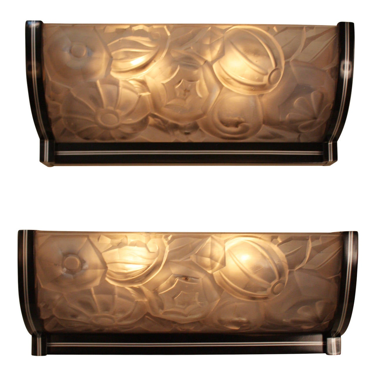 Wall Sconces Deco : Large French Art Deco Wall Sconces at 1stdibs