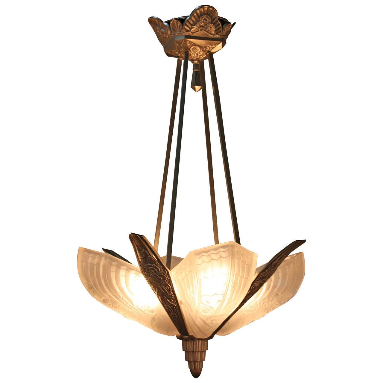 1920s art deco chandelier at 1stdibs 1920s art deco chandelier 1 arubaitofo Gallery