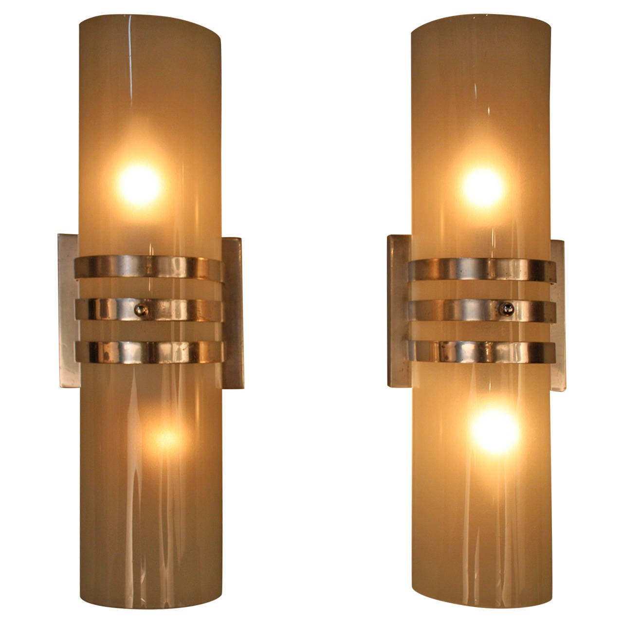 Bon Classic Art Deco Wall Sconces For Sale