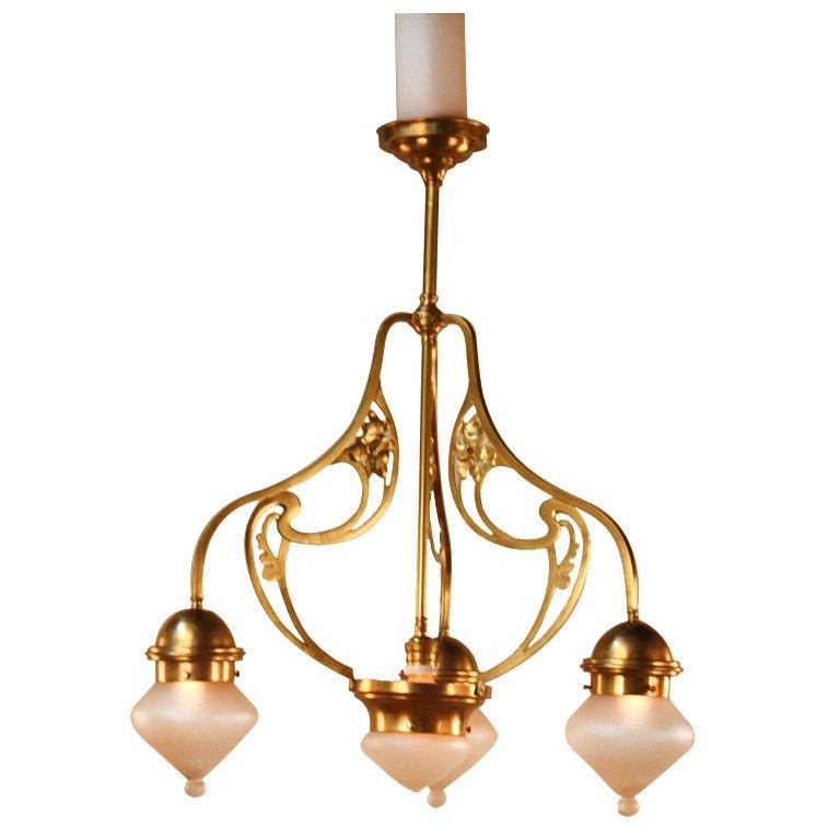 Spanish art nouveau chandelier for Chandelier art nouveau