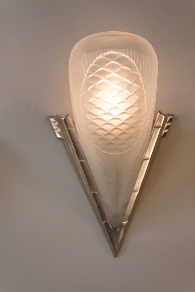 Wall Lamp Art Deco : Pair of French Art Deco Wall Sconces at 1stdibs