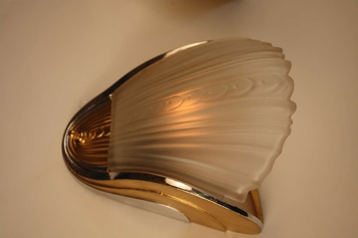 Wall Sconces Deco : American Art Deco Wall Sconces at 1stdibs