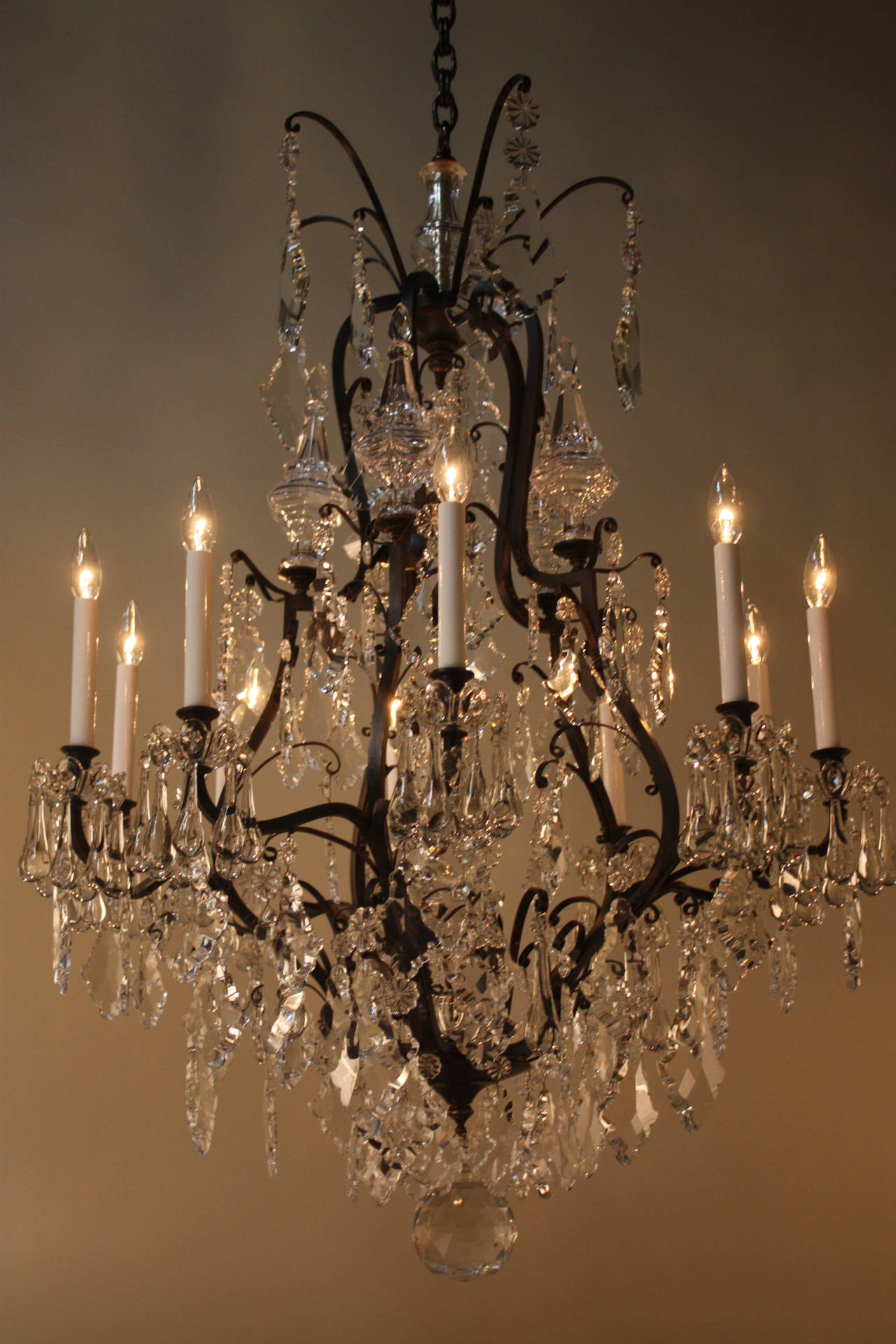 Elegant crystal chandelier at 1stdibs elegant crystal chandelier 2 arubaitofo Choice Image