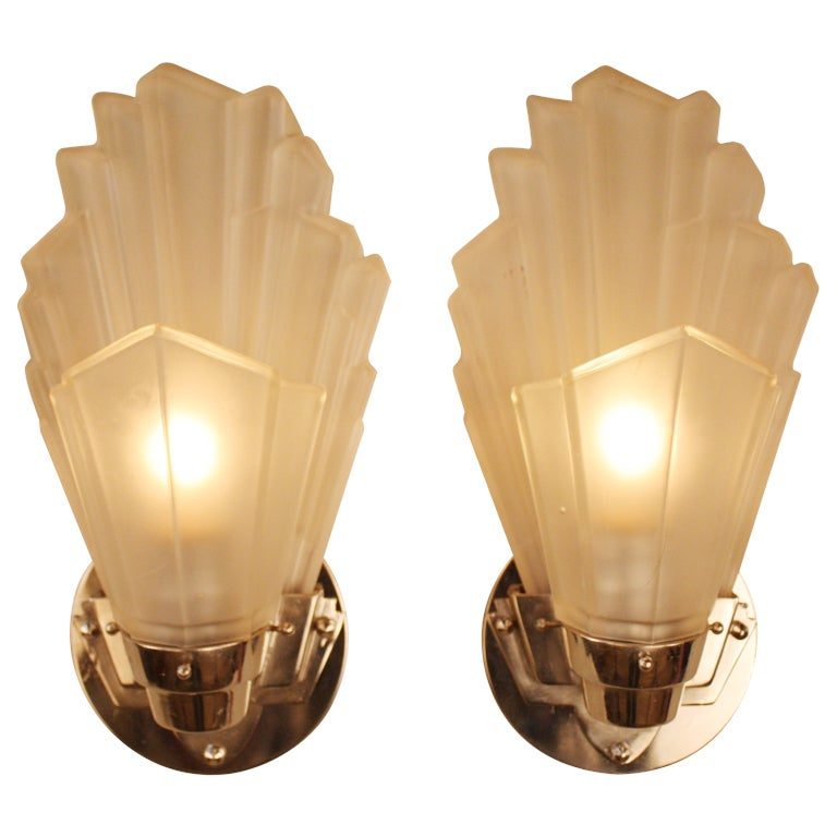 Wall Sconces Art Deco : English Art Deco Wall Sconces at 1stdibs