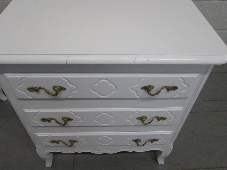 Pair French Style Nightstands Chests 3