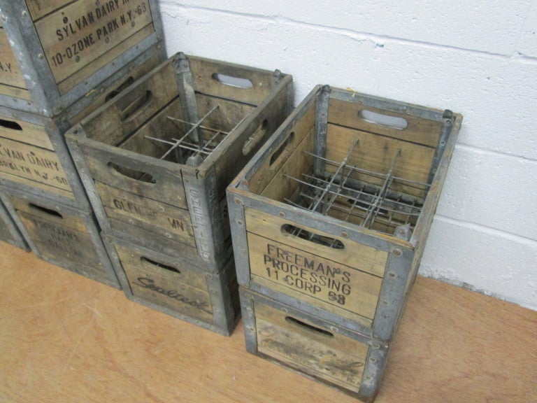13 vintage wood milk crates for sale at 1stdibs. Black Bedroom Furniture Sets. Home Design Ideas
