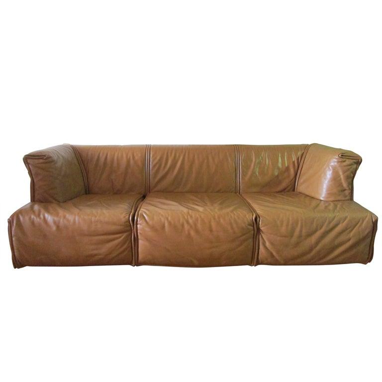Unique italian leather sofa at 1stdibs for Unique leather sofas