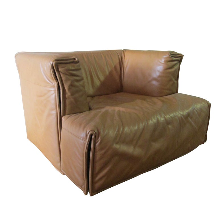 Unique italian leather chair for sale at 1stdibs for Unique sofas for sale