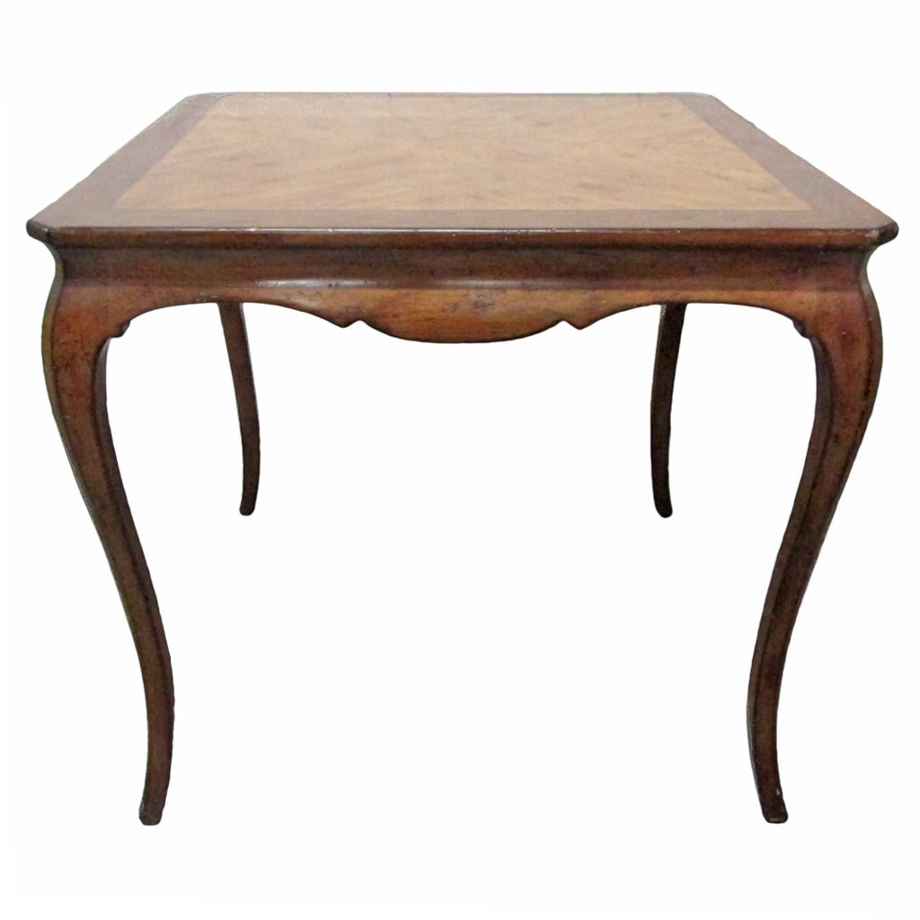 Antique dining room table styles antique style dining for Antique dining room tables