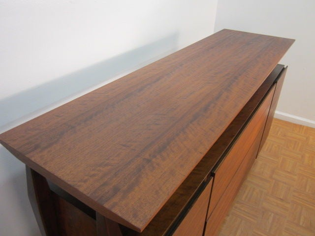 Bertha Schaefer Credenza by Singer & Sons 6