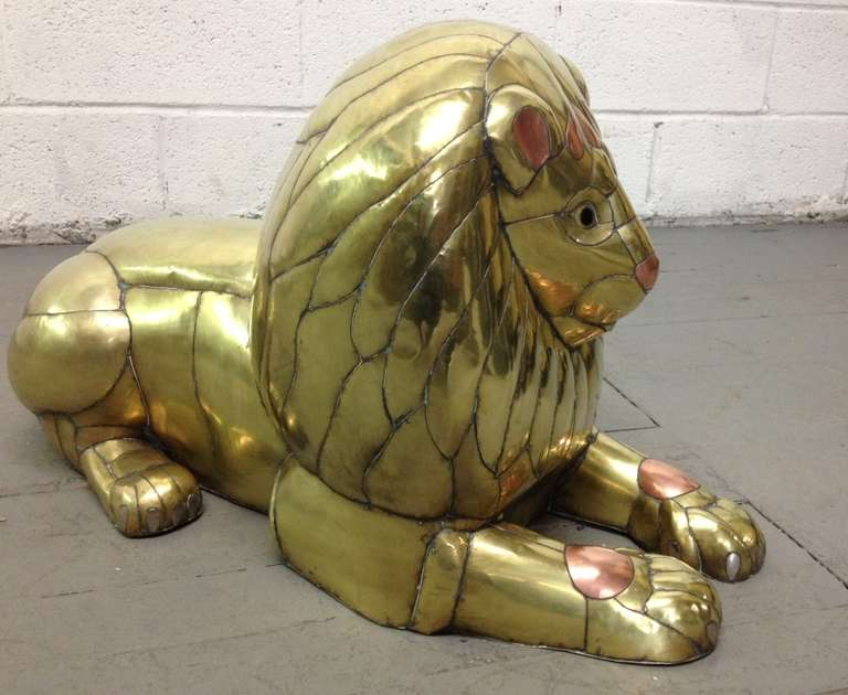 Sergio Bustamante Lion Sculpture In Good Condition For Sale In New York, NY