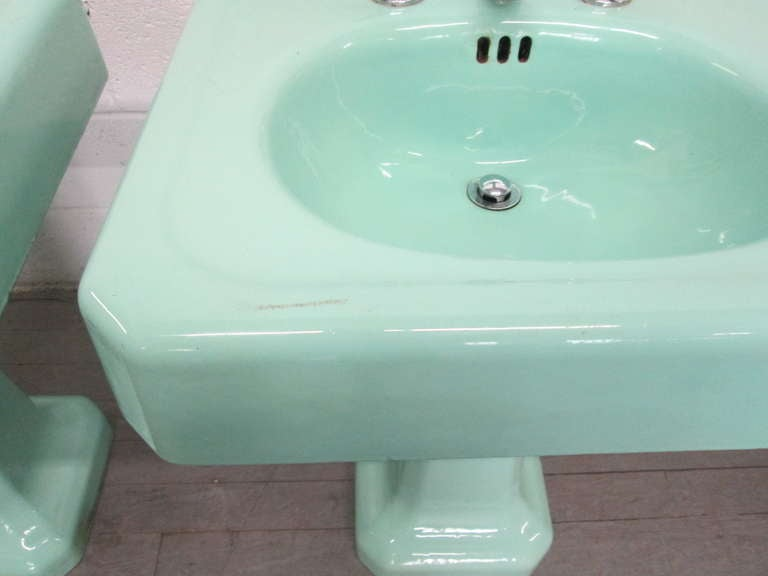 Pair Vintage Porcelain Pedestal Sinks at 1stdibs