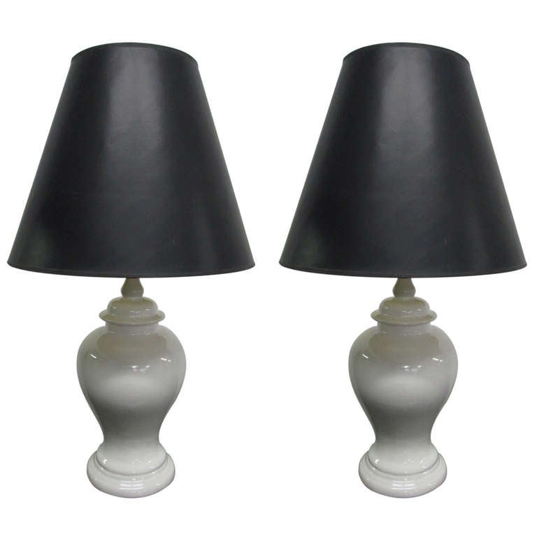 pair ginger jar crackle lamps at 1stdibs. Black Bedroom Furniture Sets. Home Design Ideas
