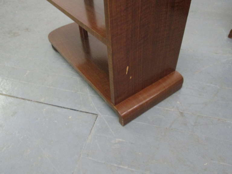 Pair of Art Deco Streamline Three-Tier End Tables For Sale 1