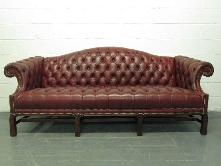 Lovely Chesterfield Leather Sofa Chippendale Style 3