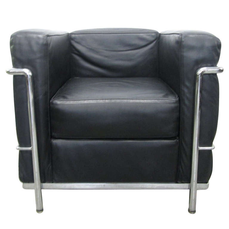 Charles Le Corbusier LC2 Chair at 1stdibs