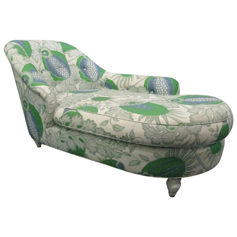 Hollywood regency floral chaise lounge at 1stdibs for Black mesh chaise lounge