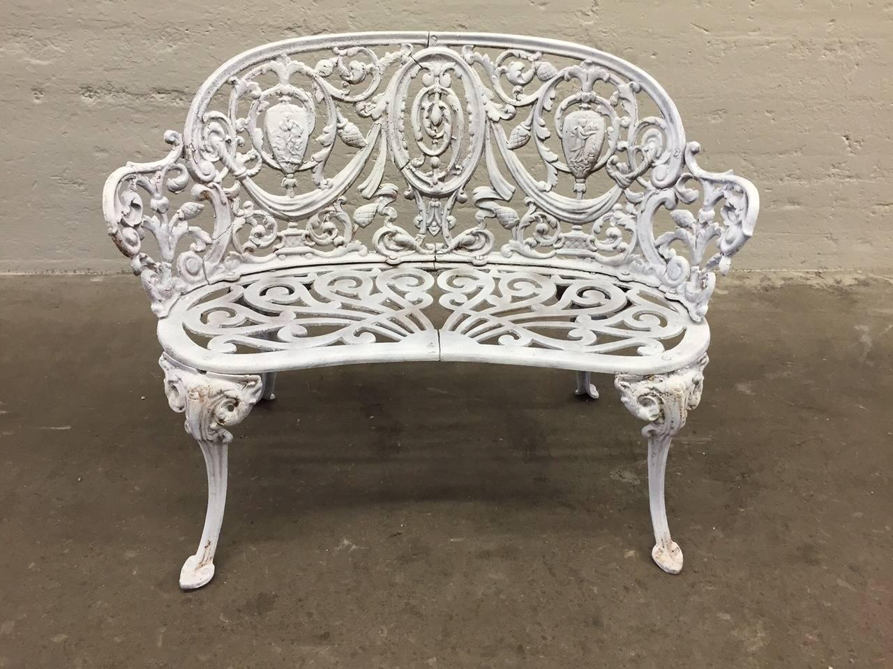 Antique cast iron garden bench at 1stdibs for Cast iron garden furniture