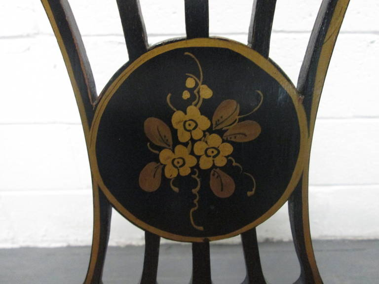 Pair of Sheraton Style Stenciled Armchairs For Sale 3