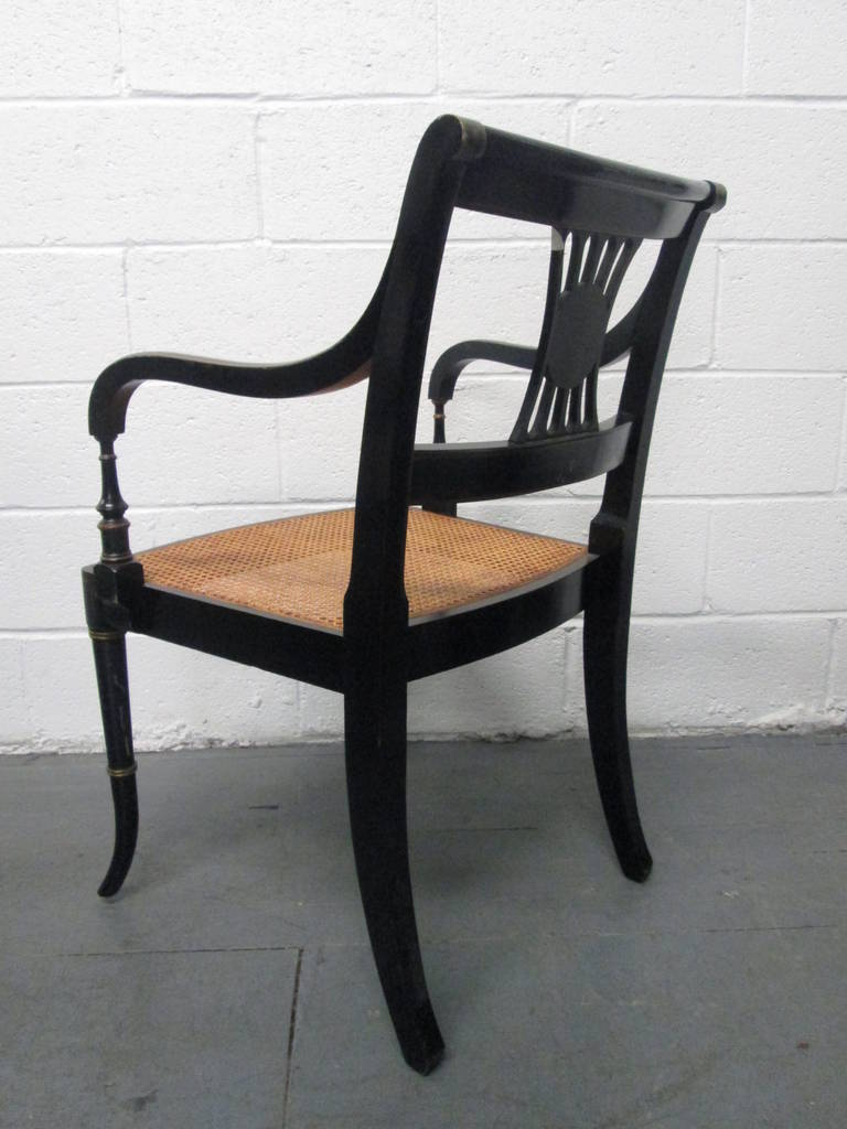 Pair of Sheraton Style Stenciled Armchairs In Good Condition For Sale In New York, NY