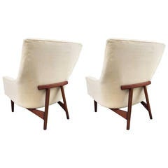 Pair of Lounge Chairs by Jens Risom No. 2136