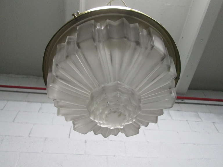Art Deco Molded Glass Hanging Light Fixture In Excellent Condition For Sale In New York, NY