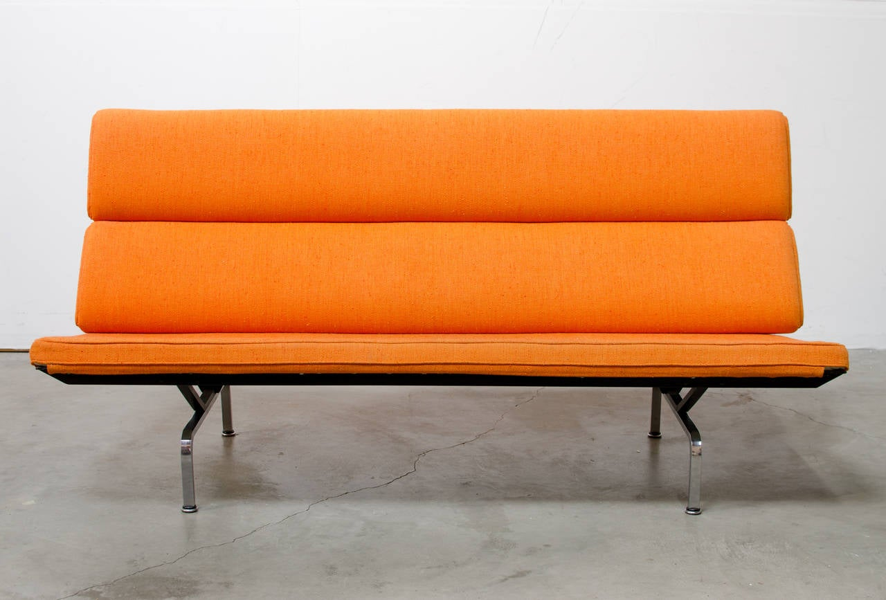 Compact Sofa by Charles Eames for Herman Miller at 1stdibs