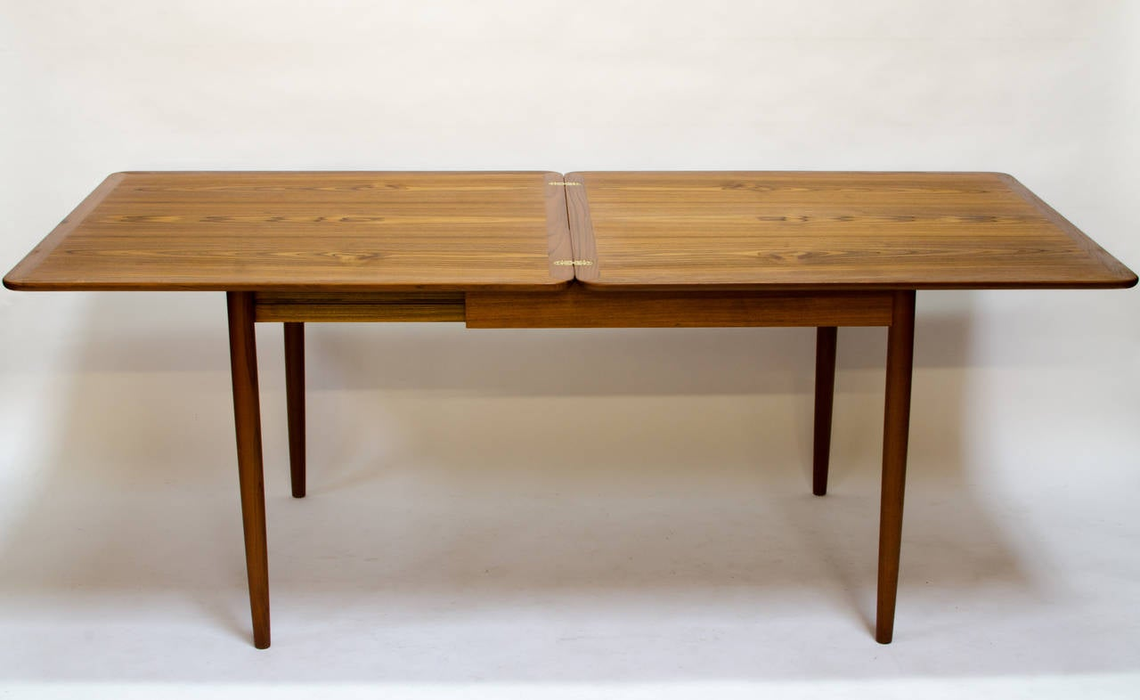 grete jalk flip top teak expansion dining table 1961 at 1stdibs. Black Bedroom Furniture Sets. Home Design Ideas