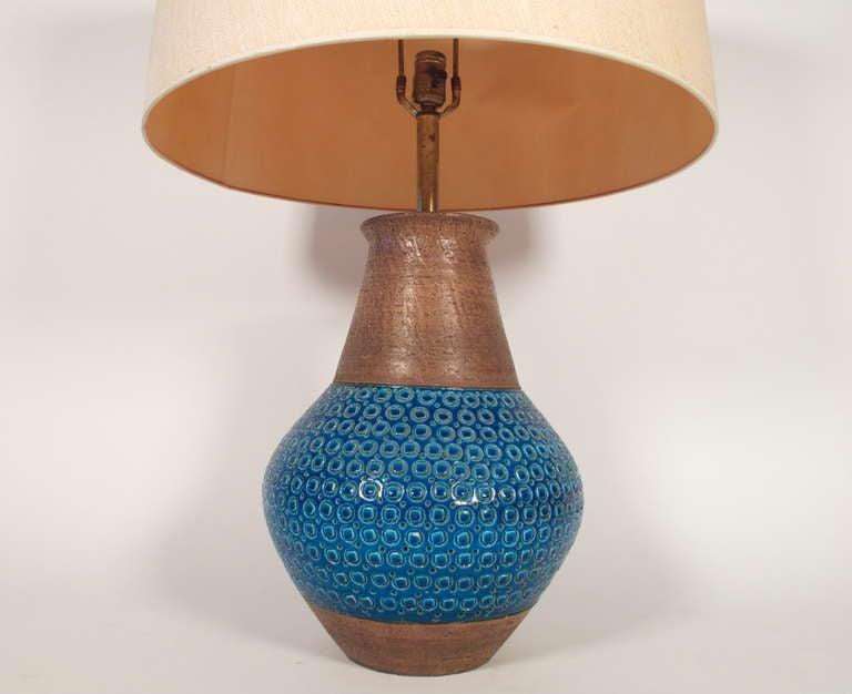massive blue raymor ceramic table lamp at 1stdibs. Black Bedroom Furniture Sets. Home Design Ideas