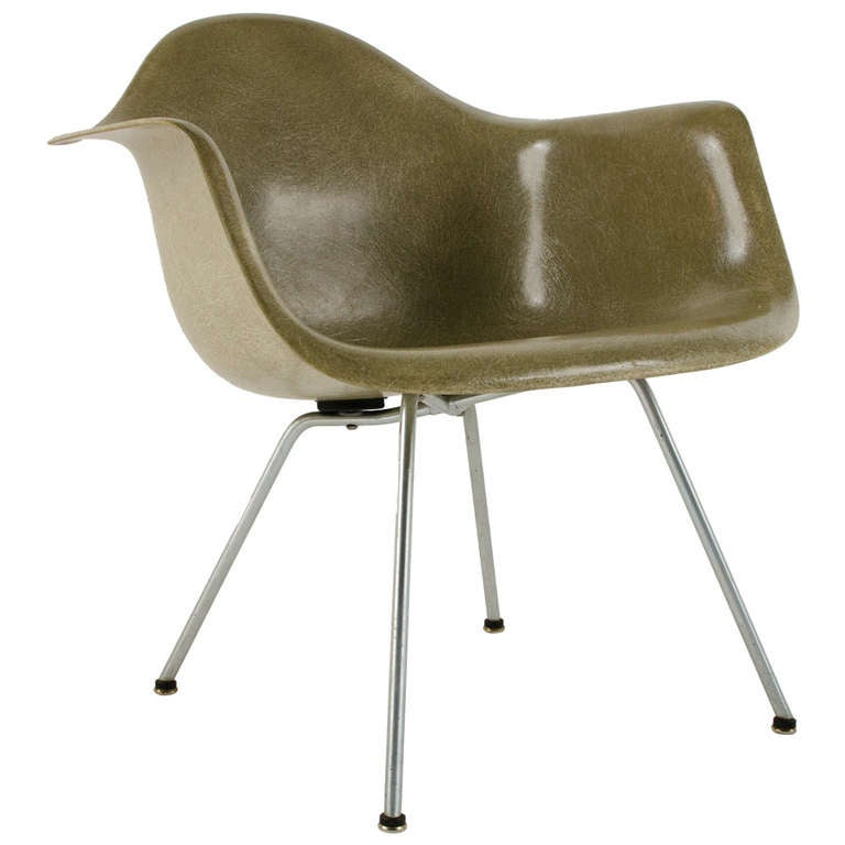 Charles eames zenith lax lounge chair 1950 at 1stdibs - Fauteuil eames original ...