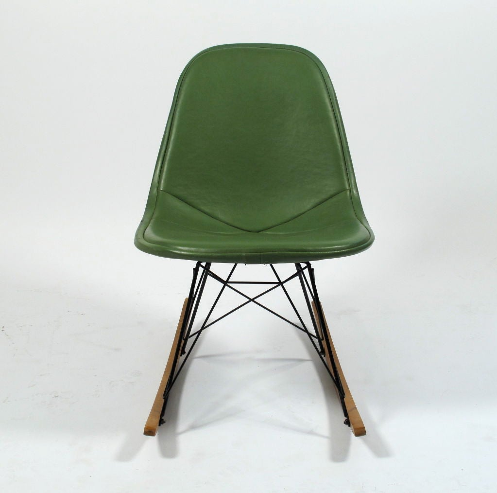 Charles Eames RKR 1 Wire Rocker Herman Miller For Sale At