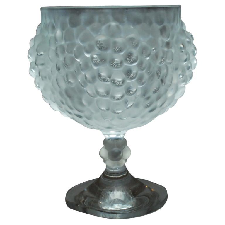 lalique france crystal vase hand signed at 1stdibs. Black Bedroom Furniture Sets. Home Design Ideas