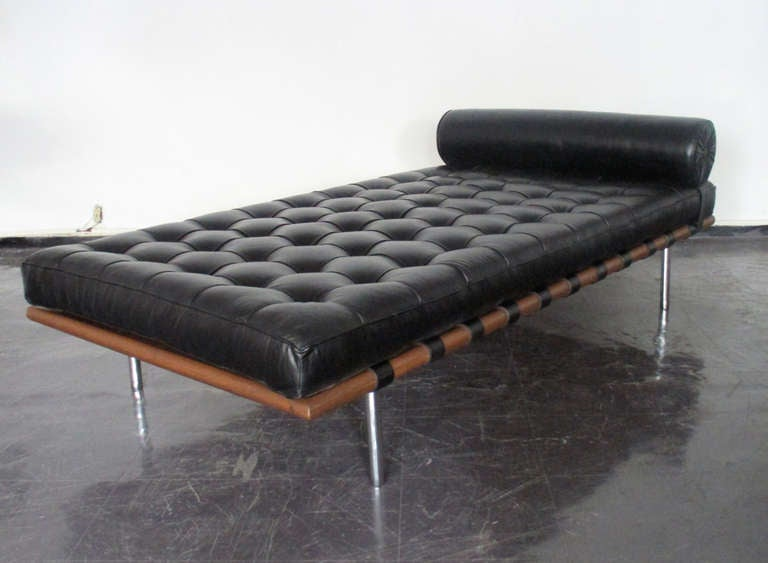 barcelona day bed by mies van der rohe original knoll at 1stdibs. Black Bedroom Furniture Sets. Home Design Ideas