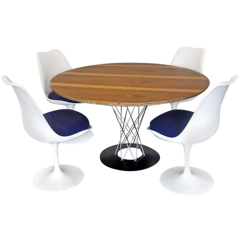Set Of Isamu Noguchi Dining Table And Four Tulip Chairs For Knoll At