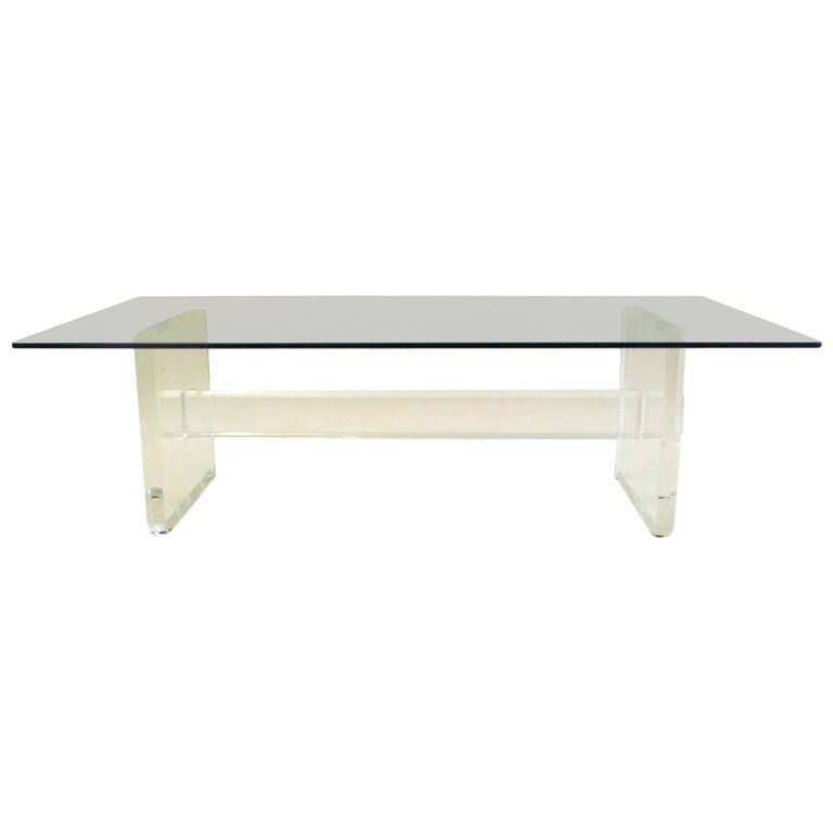 lucite acrylic coffee table glass 70 s design at 1stdibs. Black Bedroom Furniture Sets. Home Design Ideas