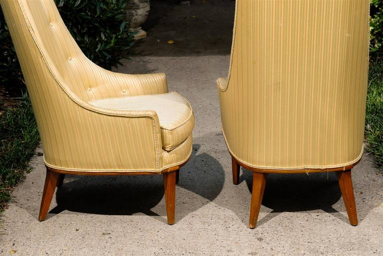 Pair of Mid-Century Tufted High Back Chairs In Good Condition For Sale In Atlanta, GA
