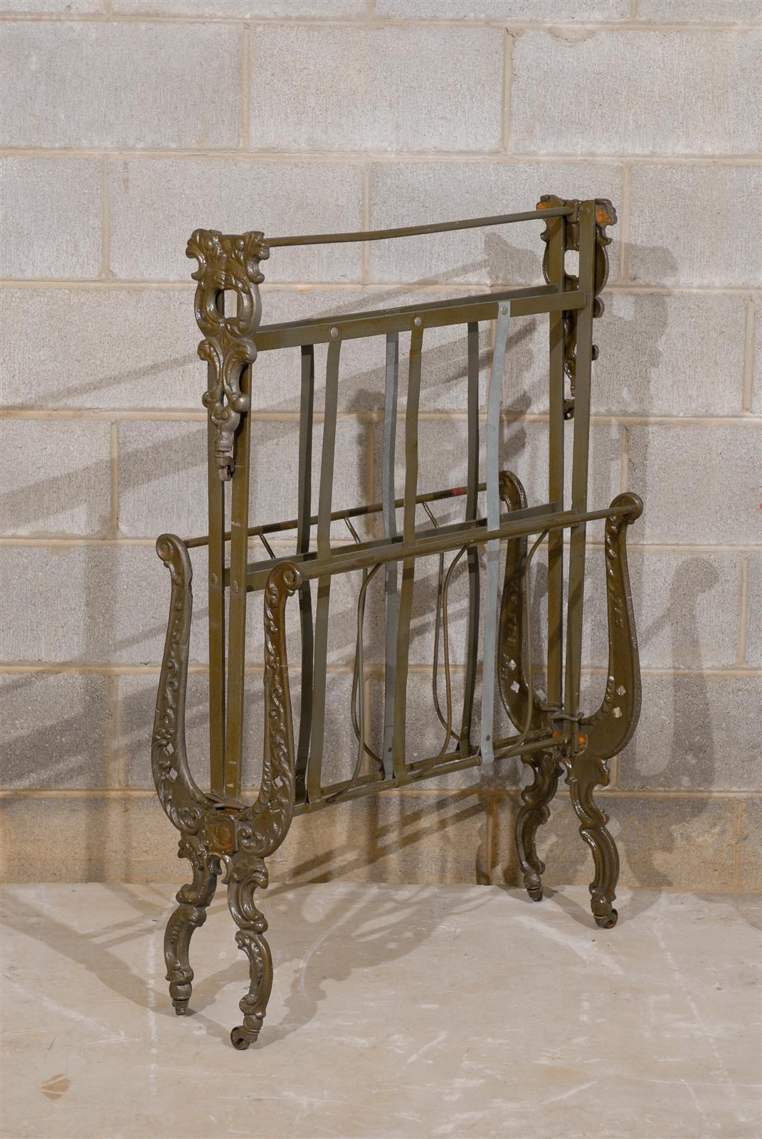 Victorian Cast Iron Beds : Victorian cast iron roll away day bed at stdibs